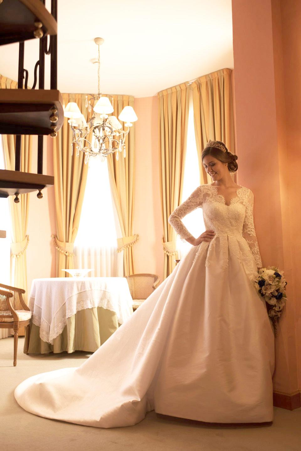 Traje de novia alta costura Nurai Piqueres